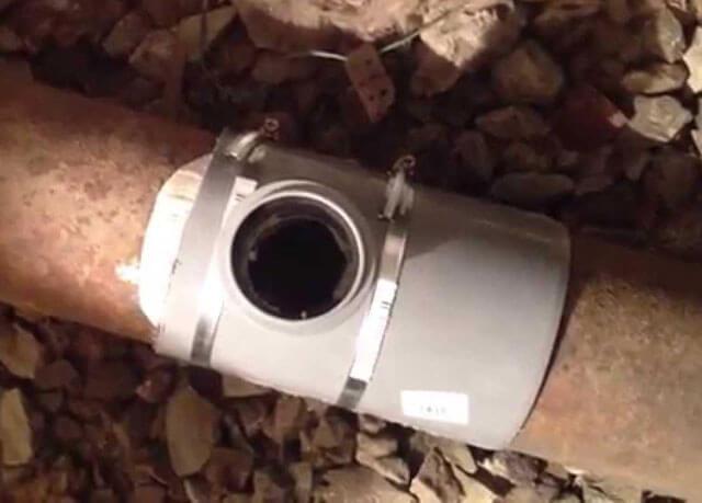 Как замазывать герметиком трубу