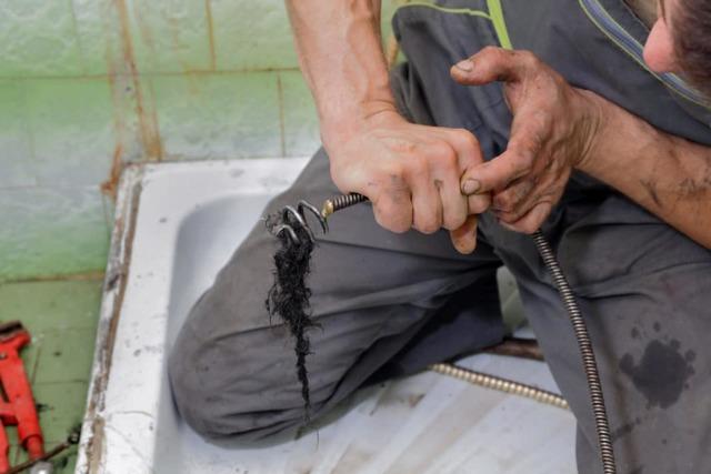 Химия для чистки труб канализации от волос