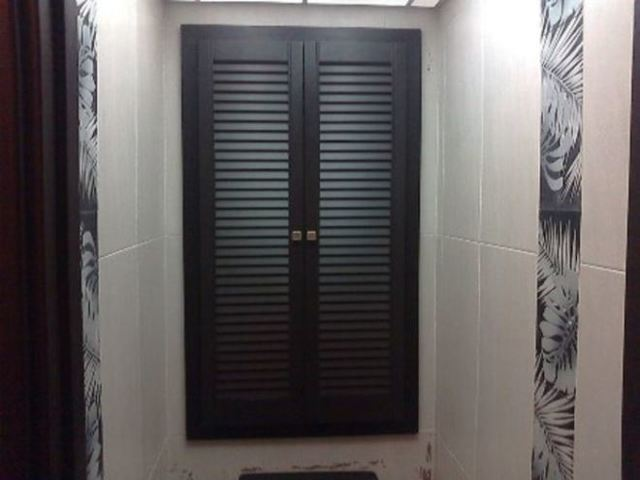 Двери для ниши с трубами