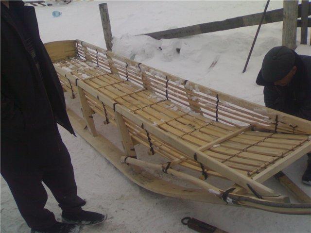 Сани для снегохода из полиэтиленовых труб своими руками