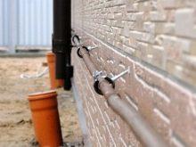 Хомут для трубы стеновой