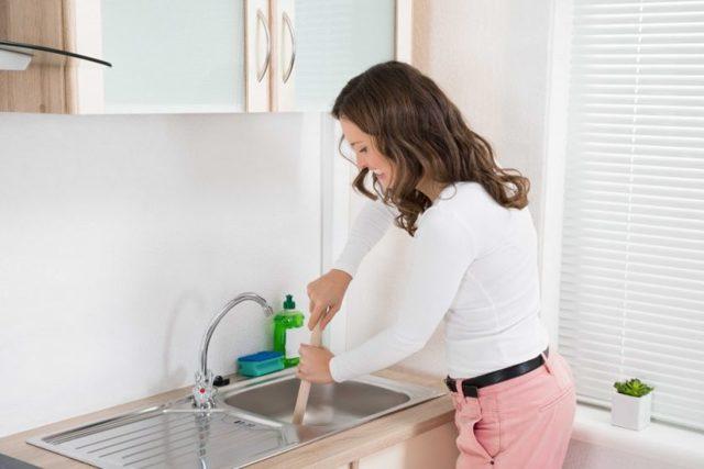 Самый эффективное средство для чистки труб