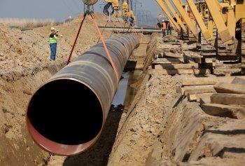 Движение газа по магистральному трубопроводу обеспечивается