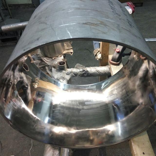 Полировка трубы большого диаметра