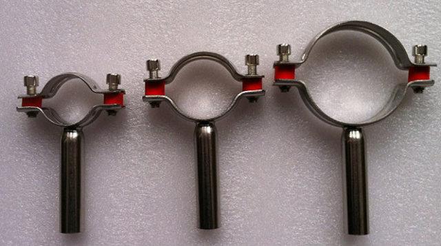 Хомуты с резинкой для крепления труб