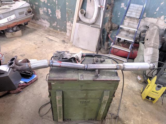 Диаметр выхлопной трубы аутлендер